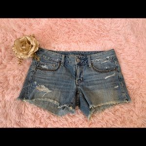 American eagle outfitter jean shorts